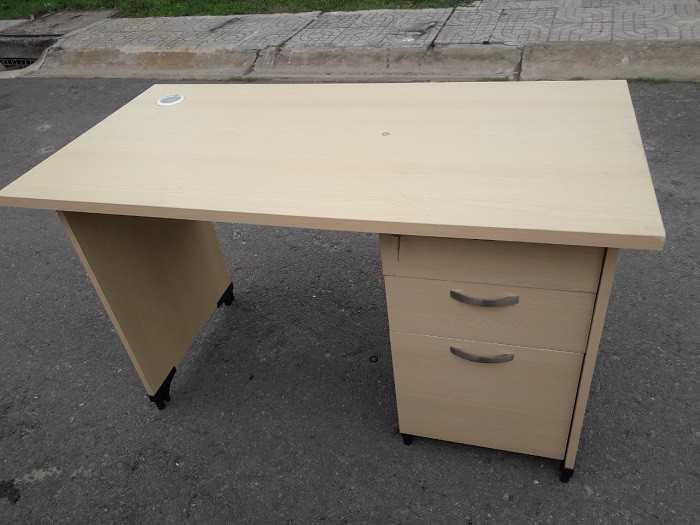 Mua bán bàn văn phòng cũ thanh lý giá rẻ taị Tp.HCM