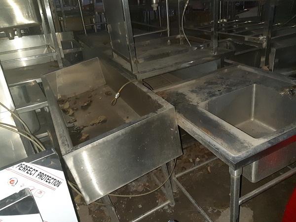 Nhiều nhà hàng mới ra đời đem đến những nhu cầu mua đồ thanh lý phục vụ nhà hàng một cách tối ưu nhất