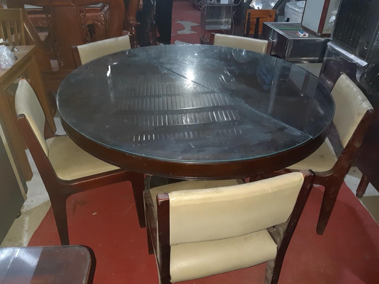 Thanh lý bàn ghế nhà hàng giá rẻ được khách hàng rất ưa chuộng