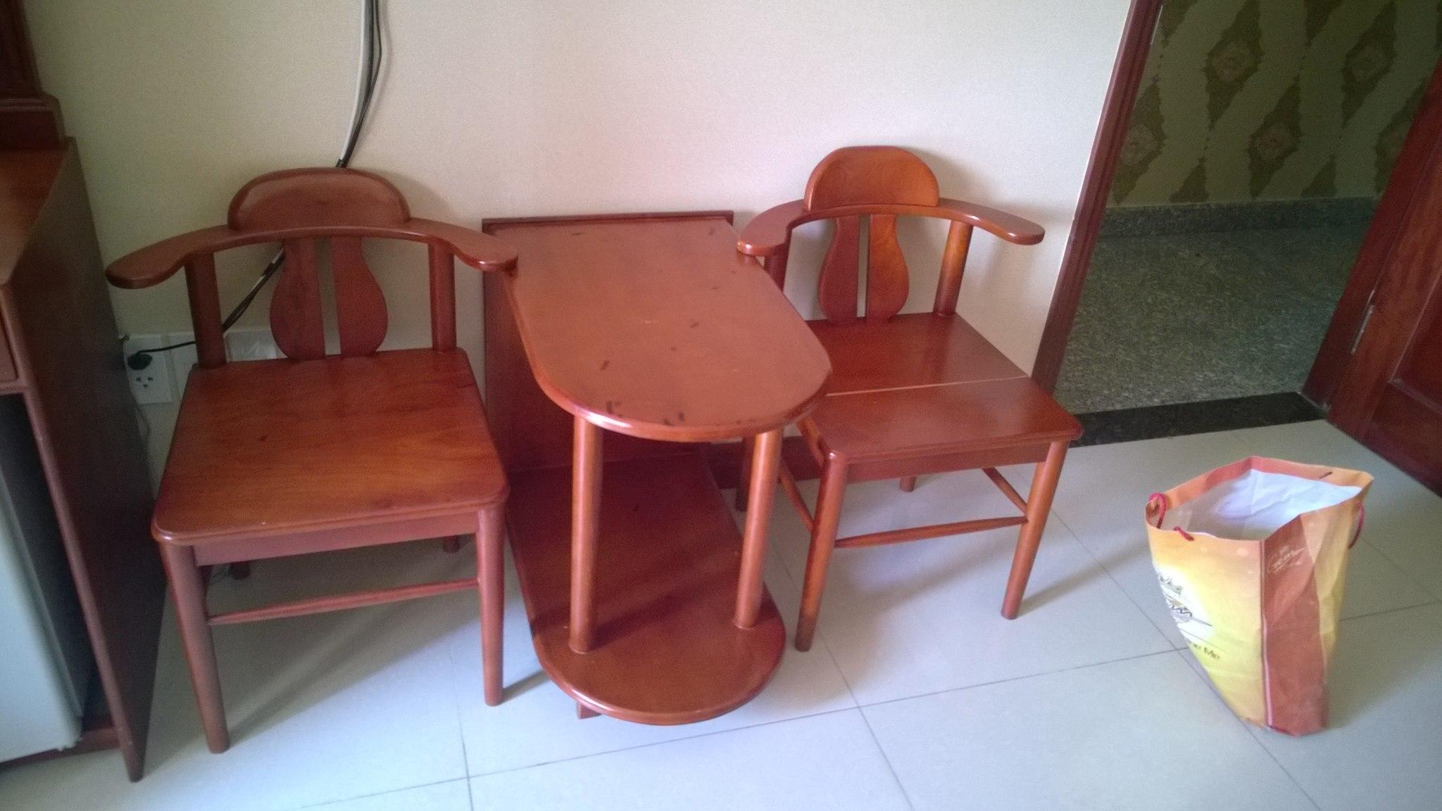 Thu mua bàn ghế khách sạn cũ giá cao