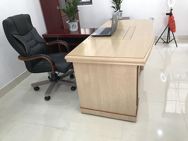 thu mua bàn ghế văn phòng tphcm
