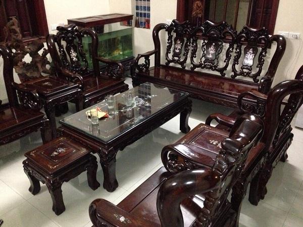 Thu mua bàn ghế cũ giá cao tại TPHCM