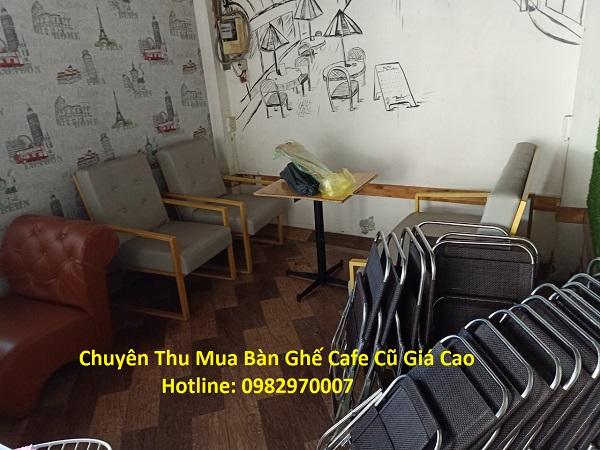 Mua bàn ghế quán nhậu giá cao tại Tp.HCM