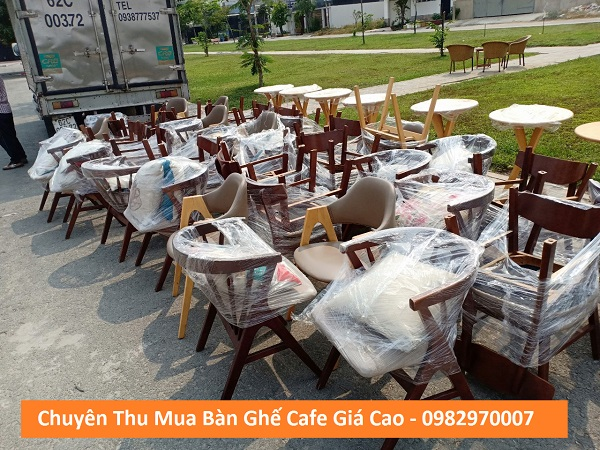 Mua bàn ghế quán cafe giá cao tại Tp.HCM